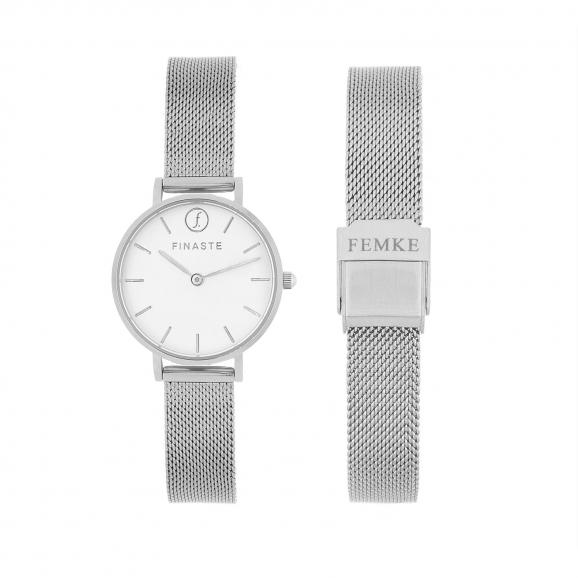 Zilveren horloge met tekst
