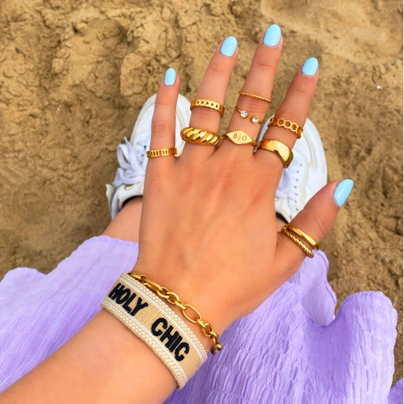 gouden ringen mix met armbanden
