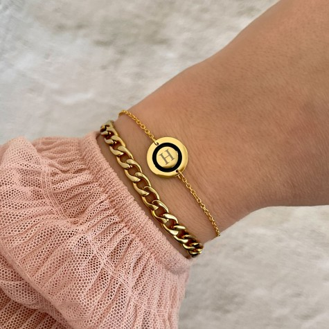 Initial armband goud kleurig