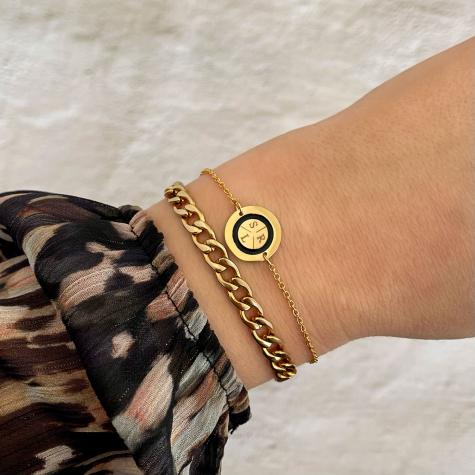 Armband 3 initialen goud kleurig