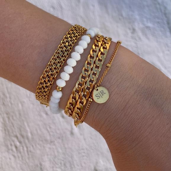 Mooie mix van gouden armbanden