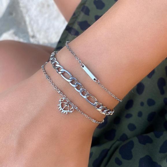 Mooie zilveren armband in een leuke mix