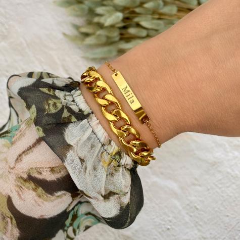 Gouden graveerbare bar armband