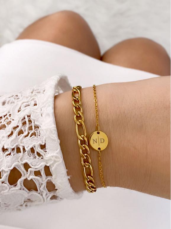 Gouden schakelarmband met armband met twee letters