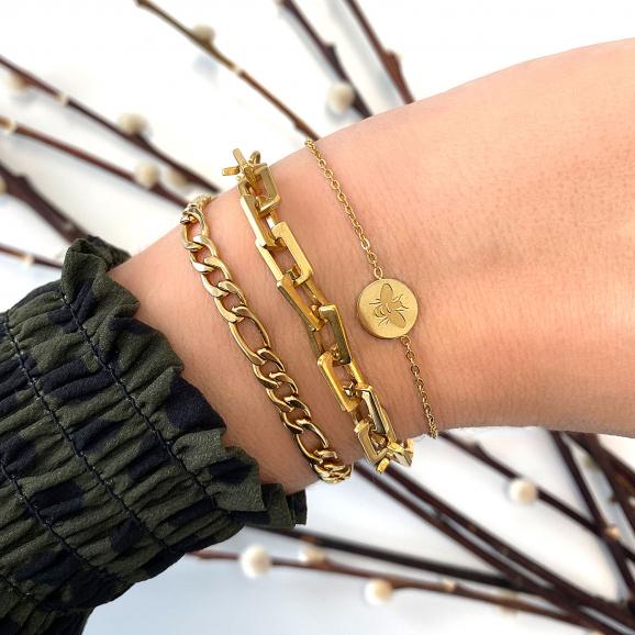 Leuke gouden armband met een trendy look voor iets leuks
