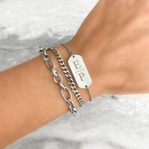 Graveerbare bar armband 2 letters