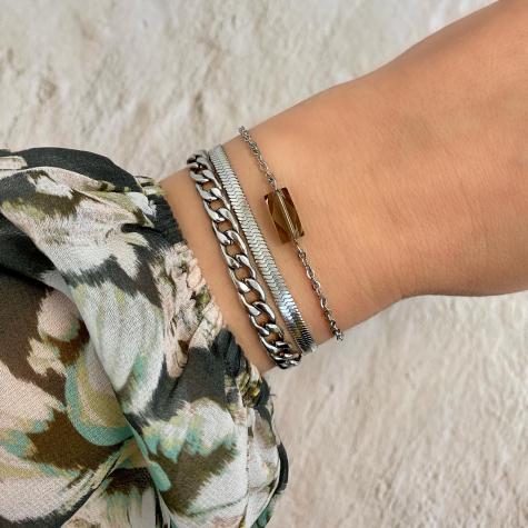 Armband met grijze steen kleur zilver
