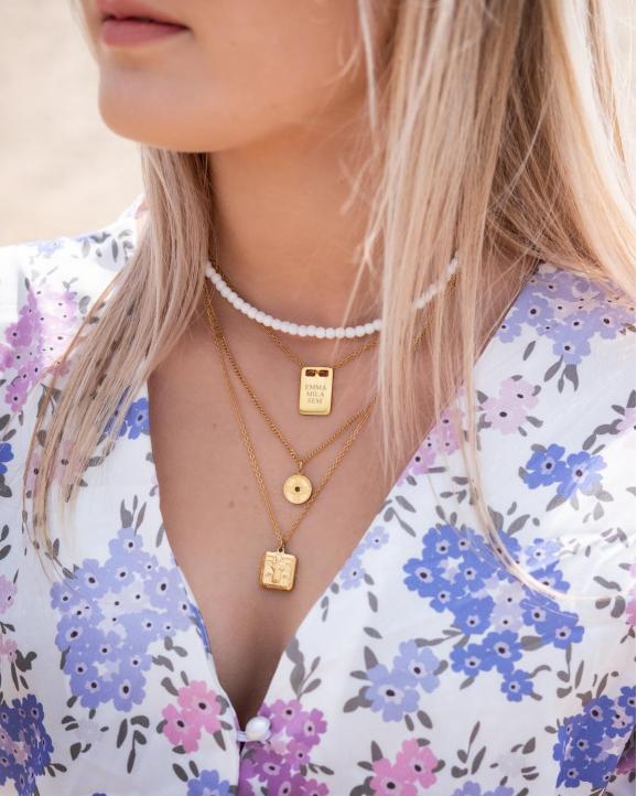 Gouden necklace layer met kettingen met hangertje
