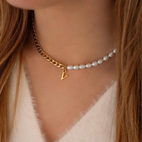 Initial ketting chain & pearl kleur goud