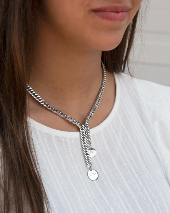 Mooie chain ketting met twee coins die je kan laten graveren