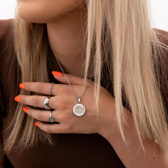 Shop jouw zilveren ketting met vingerafdruk in het zilver