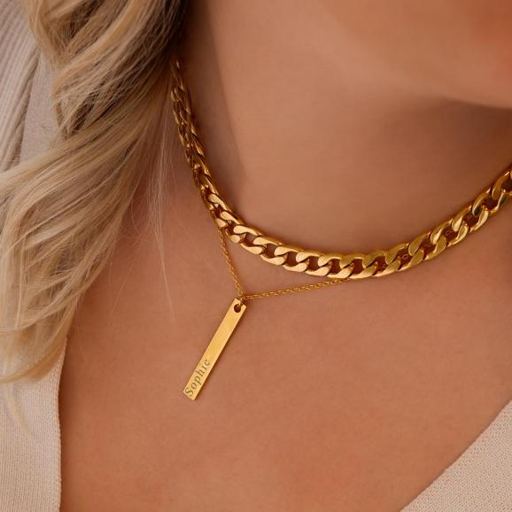 Leuke mix van gouden sieraden om de hals