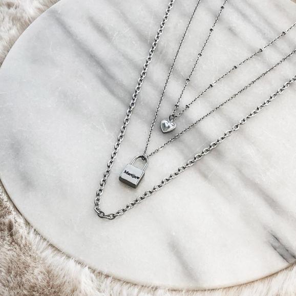 Zilveren sieraden voor een complete look