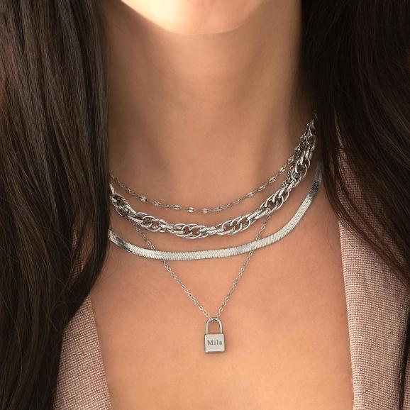 Zilveren necklace layer met schakelkettingen