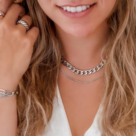 Basis chain ketting in de kleur zilver