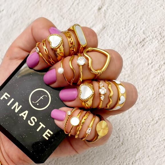 Billionaire ring goudkleurig