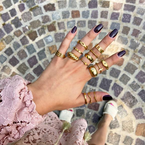Trendy ringen kopen om de hand
