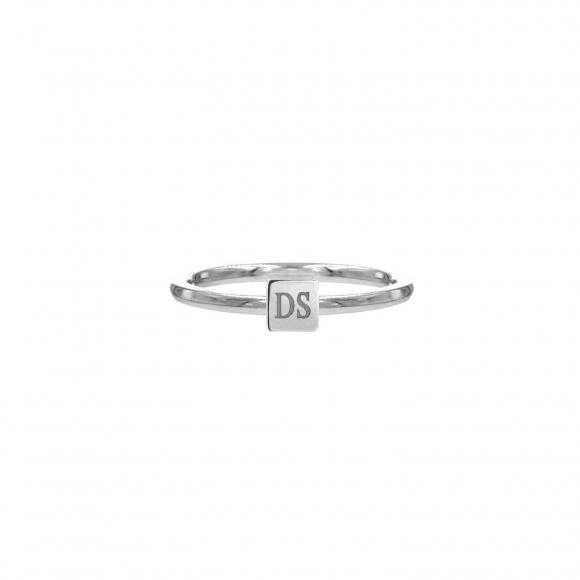 Graveerbare minimalistische ring met vierkantje zilver