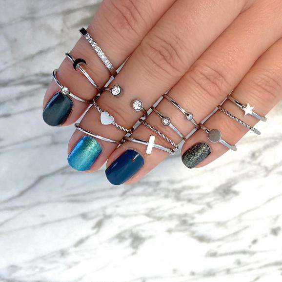 Leuke zilveren ringen met steentjes en maantjes en vormpjes