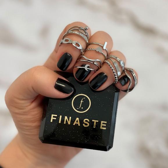 Mooie ring voor om de hand voor een complete look