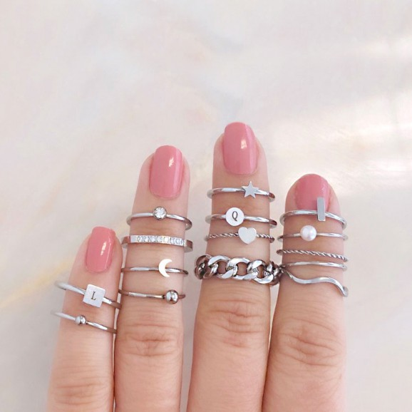 Mix van ringen om vingers