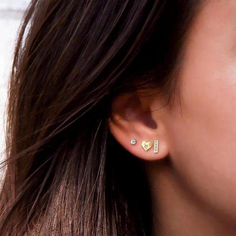 Stud oorbellen met steentje goud kleurig