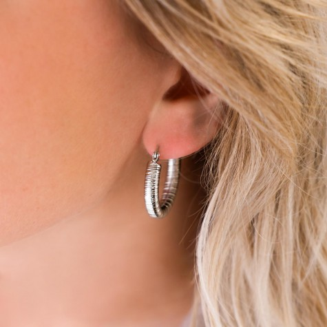 Musthave chunky hoops