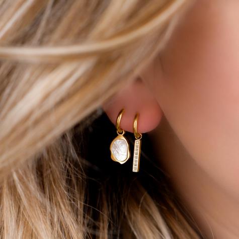 Bar oorbellen steentjes kleur goud