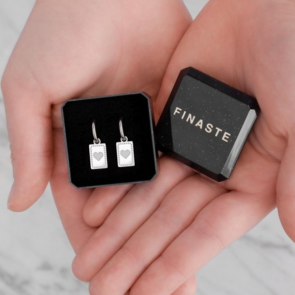 Trendy oorbellen in een mooie look voor een set