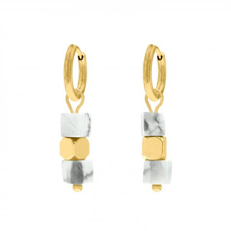 Gouden oorringetjes marmer