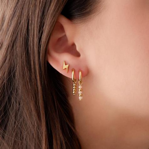 Gouden oorbellen met roze steentjes