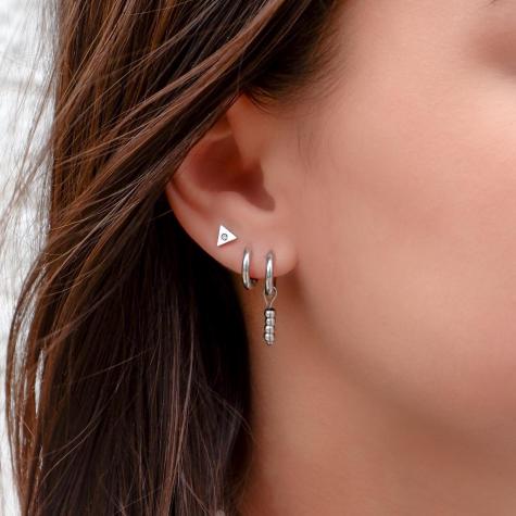 Stud oorbellen driehoek met steentje