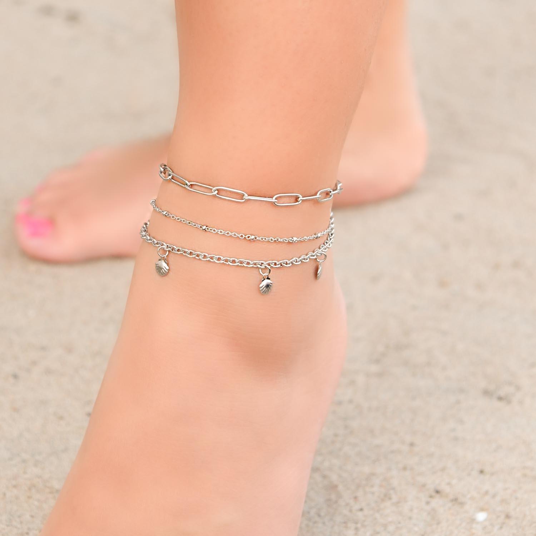 Enkelbandje in het zilver voor een trendy look om te kopen