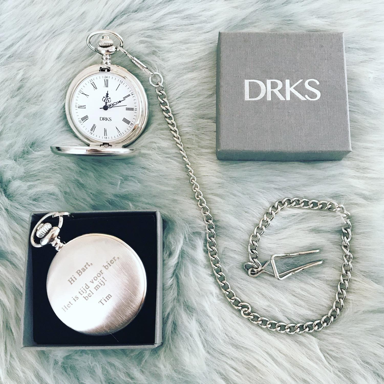 Pocket watch in drks doosje