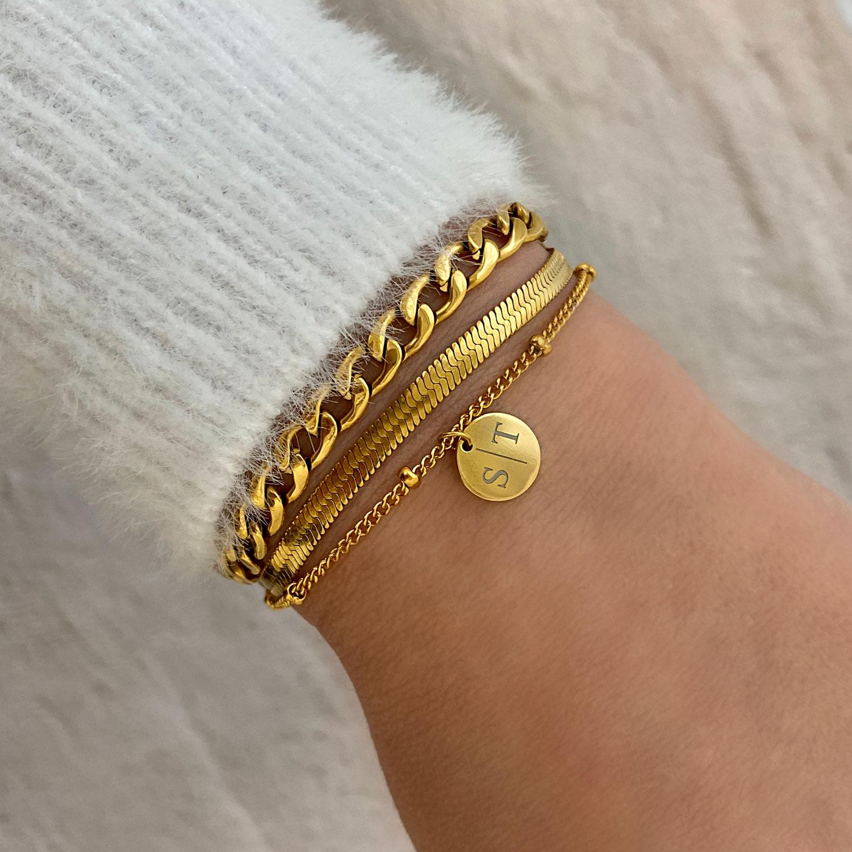 Dubbele gouden armband gecombineerd met graveerbaar armbandje