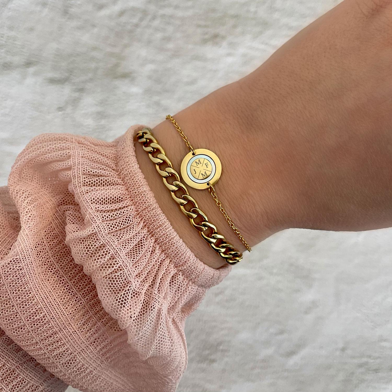Mooie armband voor een complete look om te kopen
