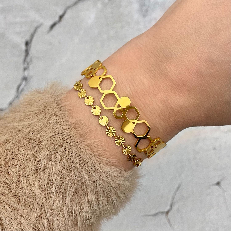 Gouden bangle kopen voor een mooie look