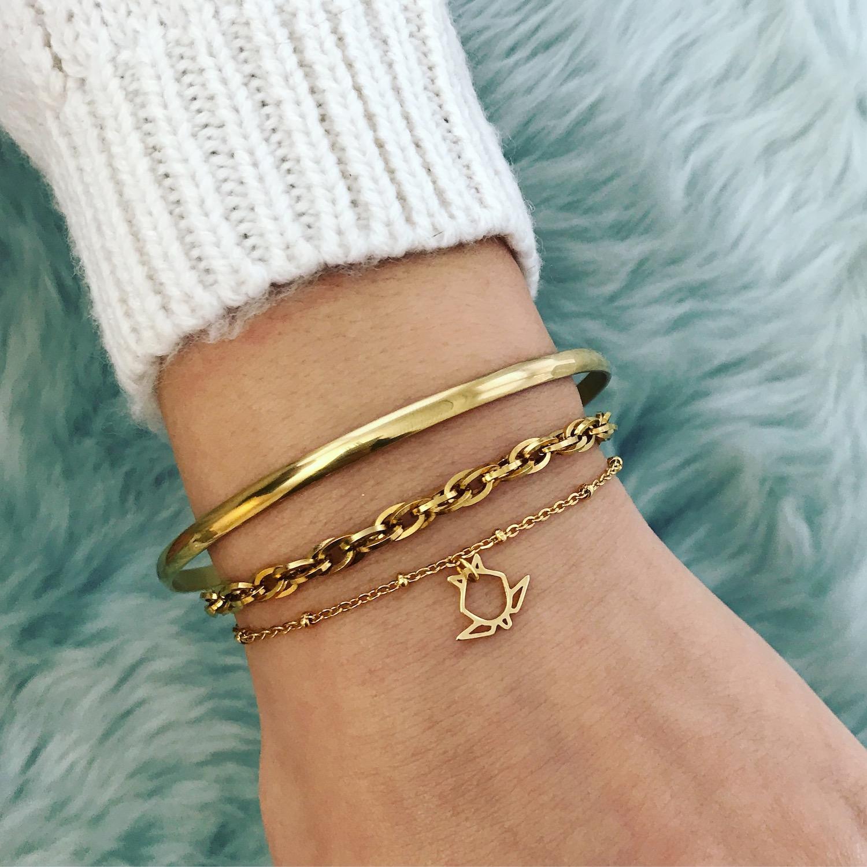 Gouden schakelarmbandjes met bangle en origami schildpad armband