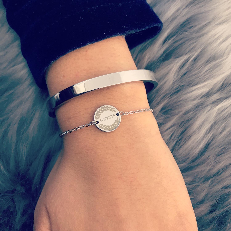 Zilveren armbandjes combinatie