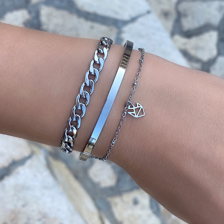 Mooie zilveren sieraden kopen om de pols met een chain