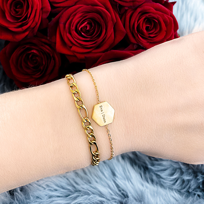 Mooie gouden armband voor een complete look