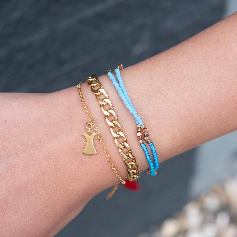 Gekleurde armbandjes samen met party armband