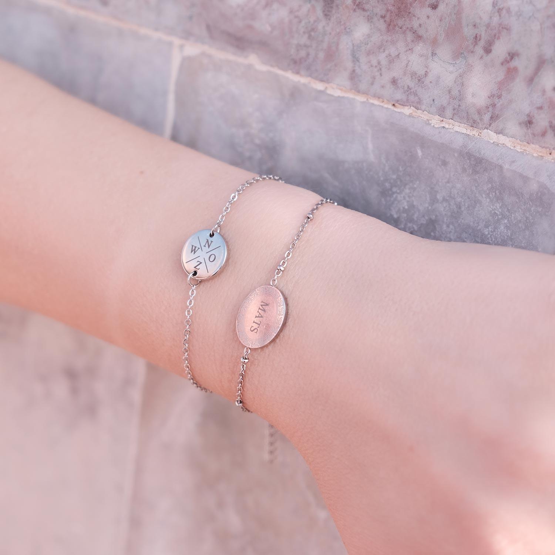 Graveerbare zilveren armbandjes om de pols