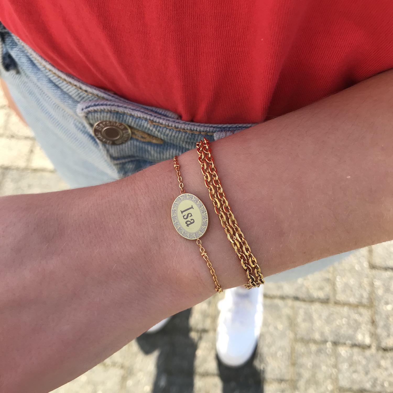 Armband met naam gecombineerd met dubbel schakelarmbandje