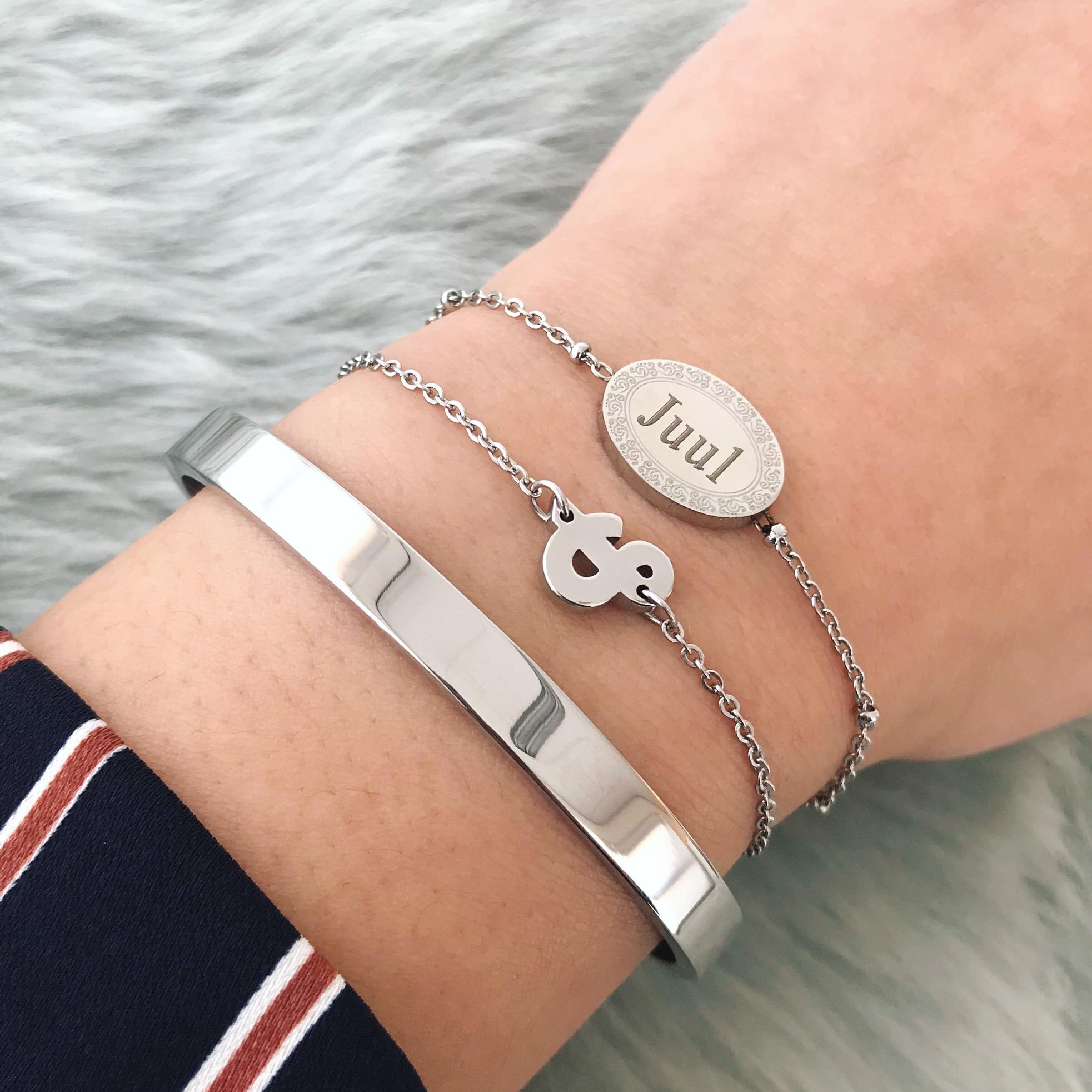 Graveerbare armband gecombineerd met bangle en schakelarmbandje