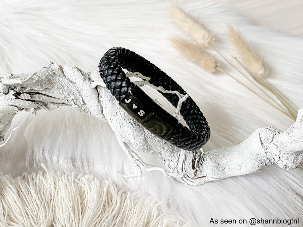 Heren armband met gravering aan de buitenkant