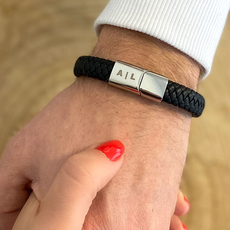 Mannen naam armband in zilver