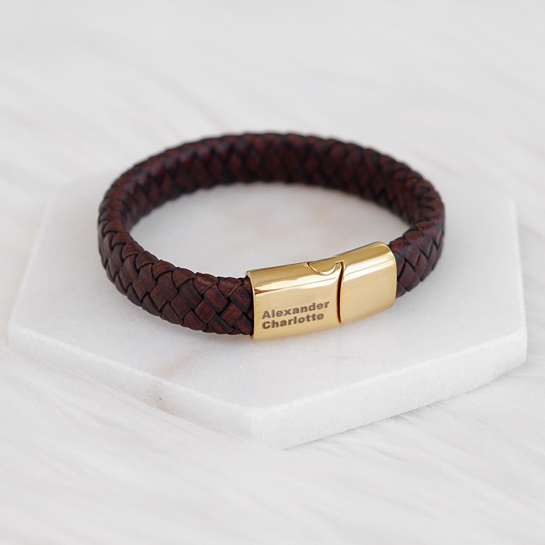 Graveerbare armband voor hem met een gouden sluiting