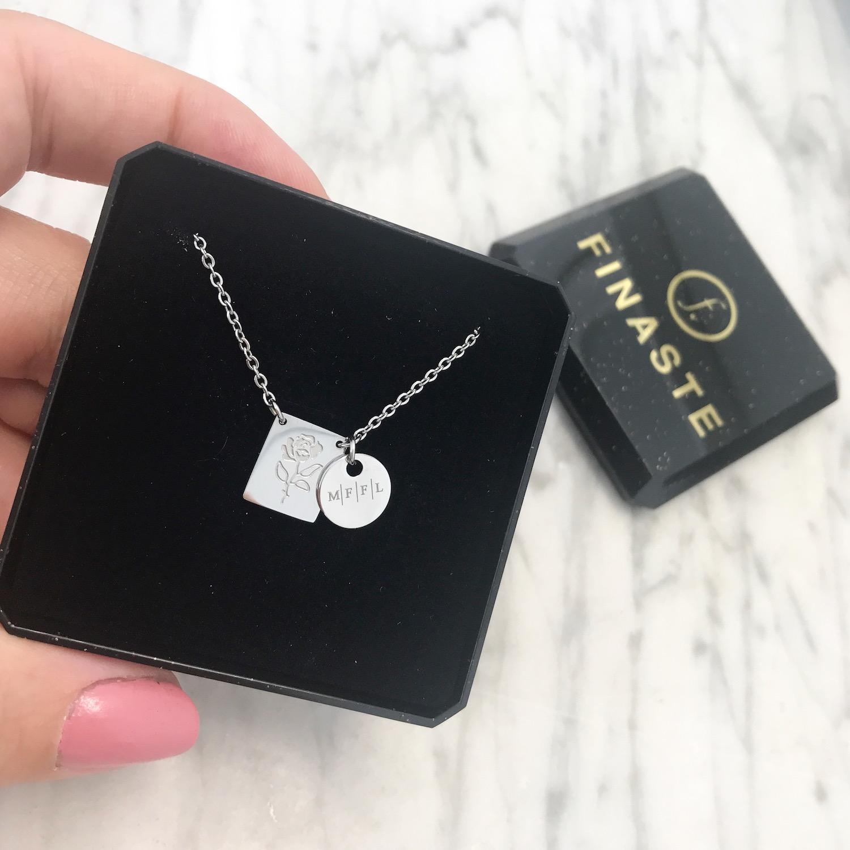 zilveren graveerbare sieraden in doosje