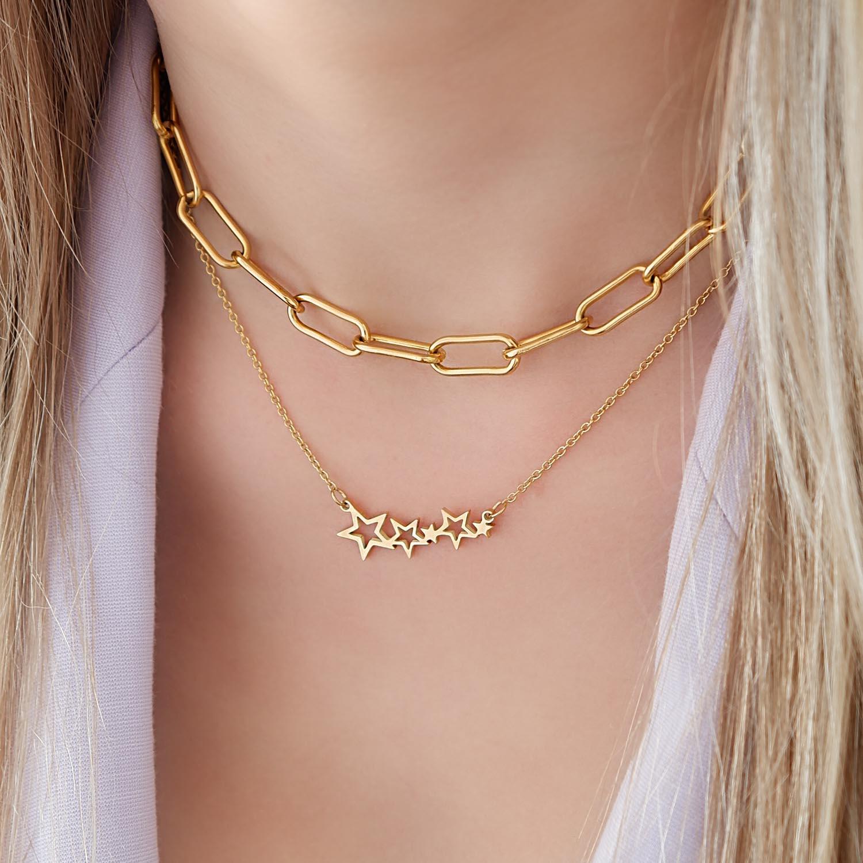 Gouden ketting met ster om de hals voor een trendy look